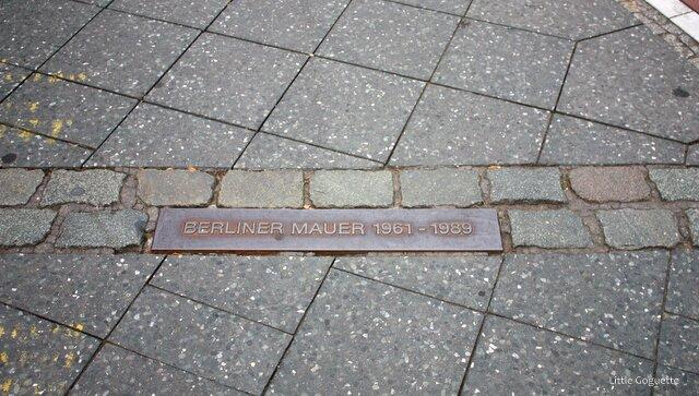 Tracé du Mur de Berlin au sol
