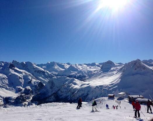 Vue sur un massif alpin